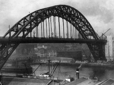 Newcastle Bridge--Photographic Print