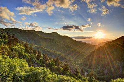 Newfound Gap in the Smoky Mountains near Gatlinburg, Tennessee.-SeanPavonePhoto-Photographic Print