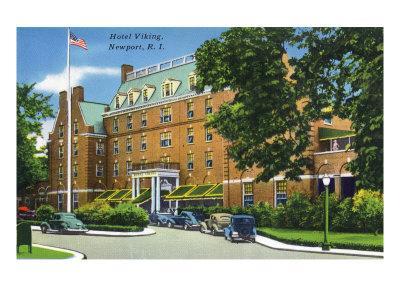 Newport, Rhode Island - Exterior View of the Hotel Viking, c.1935-Lantern Press-Art Print