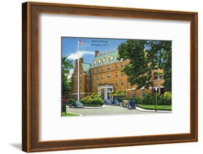 Newport, Rhode Island - Exterior View of the Hotel Viking, c.1935-Lantern Press-Framed Art Print