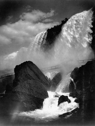 Niagara Falls from the Cave of the Winds--Photographic Print