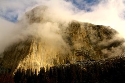 """Clouds Forming Over The Famous """"El Captain"""" In Yosemite National Park"""