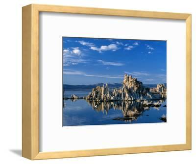 Tufa Outcrops Reflected in Lake, Eastern Sierra Nevada, Mono Lake, USA