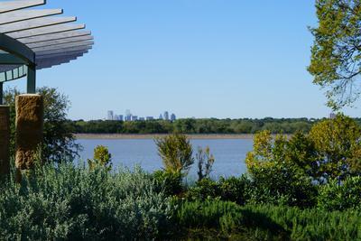 View along White Rock Lake in Dallas, Texas