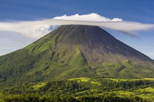 Arenal Volcano by Nick Ledger