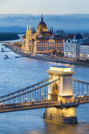 Hungary, Central Hungary, Budapest. Chain Bridge and the Hungarian Parliament Building on the Danub