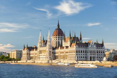 Hungary, Central Hungary, Budapest. The Hungarian Parliament Building on the Danube River.