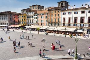 Piazza Bra, Verona, UNESCO World Heritage Site, Veneto, Italy, Europe by Nico
