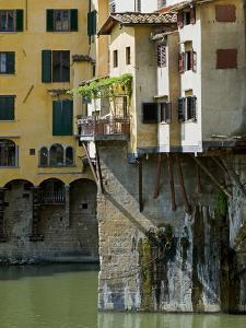 Ponte Vecchio (1345), Florence (Firenze), UNESCO World Heritage Site, Tuscany, Italy by Nico Tondini
