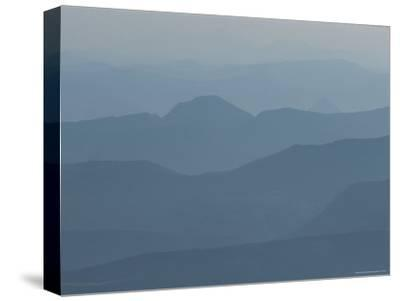 Hazy Mountain Ridges in Provence