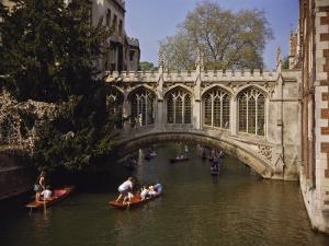 Bridge of Sighs over the River Cam at St. John's College, Cambridge, Cambridgeshire, England, UK by Nigel Blythe