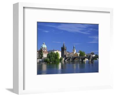 Charles Bridge over the Vltava River and City Skyline of Prague, Czech Republic, Europe