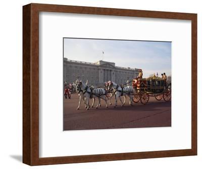 Royal Carriage Outside Buckingham Palace, London, England, United Kingdom, Europe
