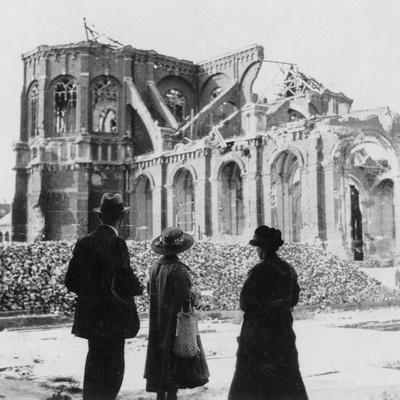 Damage to the Church of Notre Dame, Armentières, France, World War I, C1914-C1918