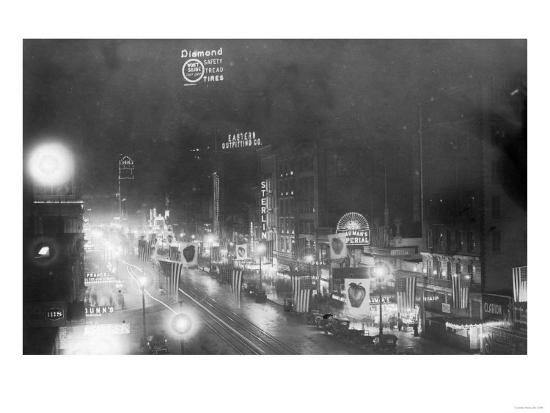 Nightview of the Neon Signs - New York, NY-Lantern Press-Art Print