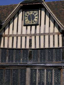 Medieval Moated Manor House, Ightham Mote, Kent, England by Nik Wheeler
