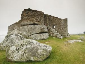 Old Blockhouse Gun Tower Ruins on Tresco by Nik Wheeler
