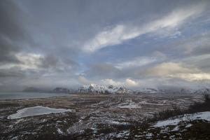 Landscape Photo Winter at the Lofoten in Norway by Niki Haselwanter
