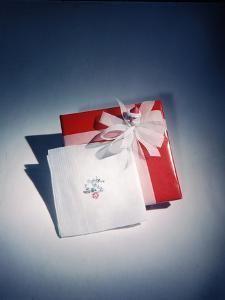 Best Selling Christmas Gifts - Napkins and Cards by Nina Leen