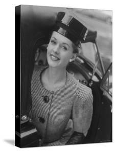 61914b40ded Woman Wearing Wide Shoulder Fashion Look · Nina Leen