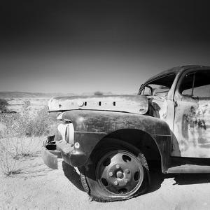 Namibia Rotten Car by Nina Papiorek