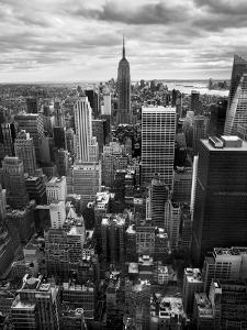 NYC Downtown II by Nina Papiorek
