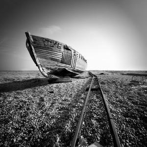 Ship Wreck II by Nina Papiorek