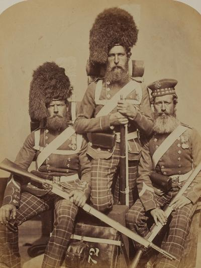 Noble, Dawson and Harper, 72nd (Duke of Albany's Own Highlanders) Regiment of Foot- Joseph Cundall and Robert Howlett-Photographic Print