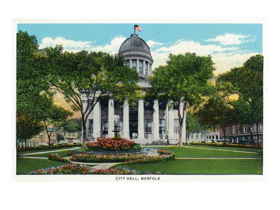 Norfolk, Virginia, Exterior View of City Hall-Lantern Press-Art Print