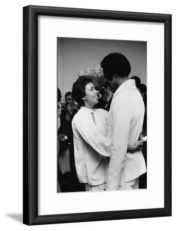 Denise Nicholas, Fred Williamson 1975