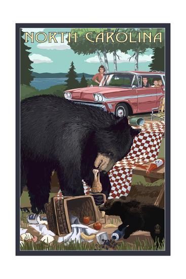 North Carolina - Bear and Picnic Scene-Lantern Press-Art Print