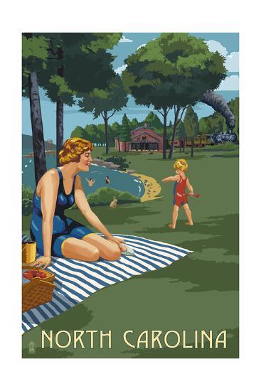 North Carolina - Lake and Picnic Scene-Lantern Press-Art Print