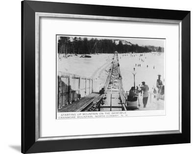 North Conway, New Hampshire - View of the Cranmore Mountain Skimoble, c.1939-Lantern Press-Framed Art Print