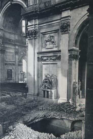 'North Transept of St. Paul's Cathedral after bombing, 1941'-Unknown-Photographic Print
