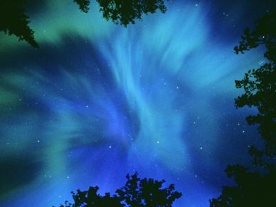 https://imgc.artprintimages.com/img/print/northern-lights-or-aurora-borealis-tilton-lake-sudbury-ontario-canada_u-l-pzlcod0.jpg?p=0