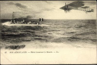 Nos A?roplanes, Bl?riot Traversant La Manche, Schiff--Giclee Print