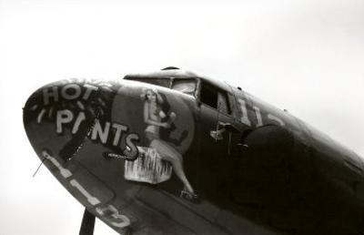 Nose Art, Hot Pants, Pin-up