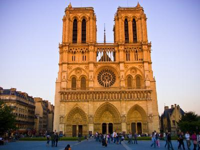 Notre Dame Cathedral at Dusk-Glenn Beanland-Photographic Print