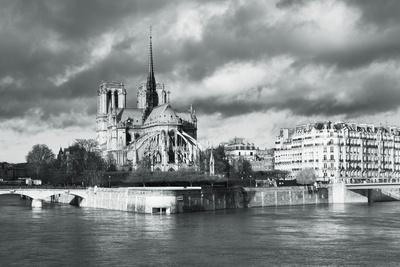 https://imgc.artprintimages.com/img/print/notre-dame-cathedral-on-the-river-seine-paris-ile-de-france-france-europe_u-l-po7e600.jpg?p=0