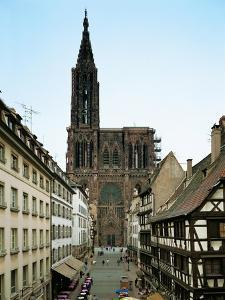 Notre Dame Cathedral, Strasbourg, Begun in Romanesque Style in 1015, Gothic Building, 1176-1439