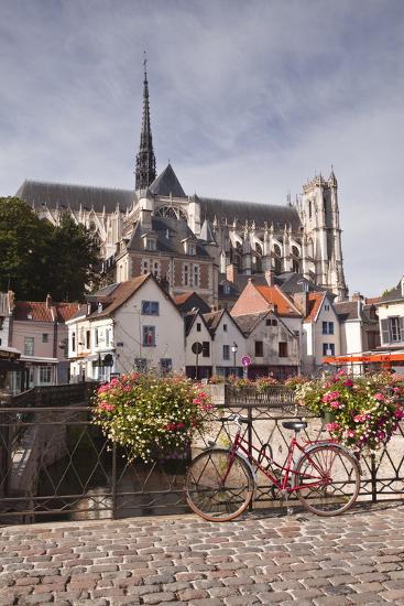 Notre Dame D'Amiens Cathedral-Julian Elliott-Photographic Print