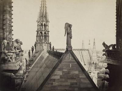 Notre-Dame de Paris, les combles pris de la Galerie des Tours-Charles Marville-Giclee Print
