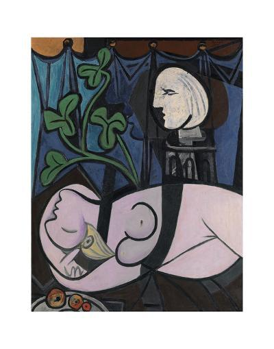 Nude, Green Leaves and Bust, 1932-Pablo Picasso-Art Print