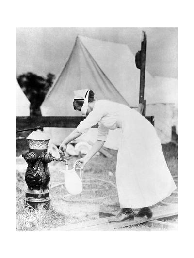 Nurse Collecting Water, USA, 1918--Giclee Print