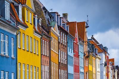 https://imgc.artprintimages.com/img/print/nyhavn-buildings-in-copenhagen-denmark_u-l-q103oz70.jpg?p=0
