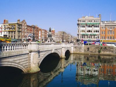 https://imgc.artprintimages.com/img/print/o-connell-bridge-dublin-ireland-eire_u-l-p1kidw0.jpg?p=0