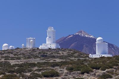 https://imgc.artprintimages.com/img/print/observatory-at-pico-del-teide-national-park-teide-tenerife-canary-islands-spain_u-l-q12s8a60.jpg?p=0