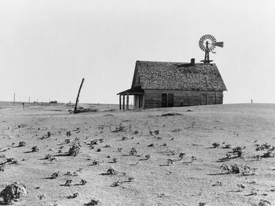 https://imgc.artprintimages.com/img/print/occupied-house-in-dalhart-texas-where-most-are-abandoned-in-the-drought-1938_u-l-q1by0t40.jpg?p=0