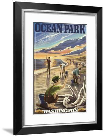 Ocean Park, Washington - Clam Diggers-Lantern Press-Framed Art Print