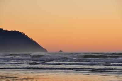 Ocean Sunset I-Logan Thomas-Photographic Print